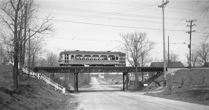Ravenswood 92nd Electric Rail Bridge